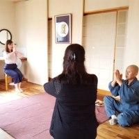 明日11月26日土曜日「須永先生の料理&瞑想講座」です!