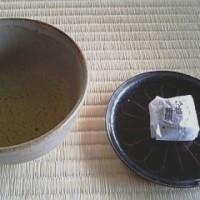 お寺でお茶
