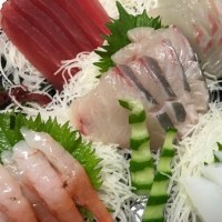 まいど毎度の海鮮丼~♪