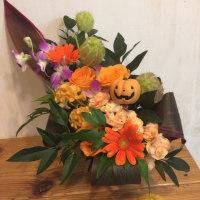 10月のマンスリーアレンジ、ハロウィンのアレンジ。