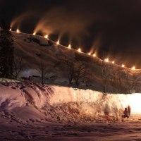 折立温泉で伝統の「百八灯」