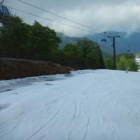 5月28日(日),かぐら営業最終日の詳細レポート…残念ながら雨&ガスだったけど,雪はたっぷりのファイナルデー!