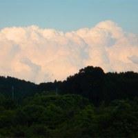 連なる入道雲