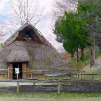 信州埴科郷・・・科野の里歴史公園・・・弥生時代の住居の復元ムラ