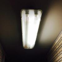 蛍光灯の点滅