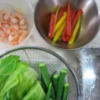 野菜のコンソメゼリー寄せ