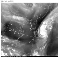 台風18号関東接近