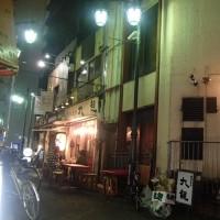 新宿2丁目を通りすぎて、目に入ったタイ料理のお店へ