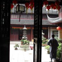思い出の一枚。中国の尼寺。