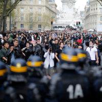 パリで中国人暴徒と警察が衝突:日本の未来を暗示