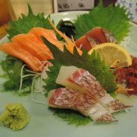 |M662|博多駅筑紫口北『居酒屋 甚六』で「博多焼ラーメン」を食べた。季節のお刺身の後の締めには最高!〔付:嬉しいこと・残念なこと〕