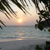 海から昇る太陽