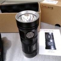 ThruNite TN4A LED フラッシュライト CREE XP-L HI。