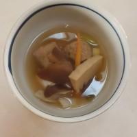薄味な肉団子スープ♪
