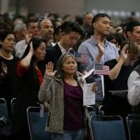 非常事態! トランプ政策に恐怖する在米韓国人 不法移民は17万人就職難で出稼ぎがエスカレート