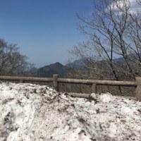 山は寒いーっ!!