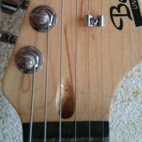 【ギター】【ギタリスト】【ギター弦】【楽器】