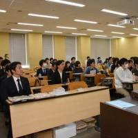 明治大学で講義をしてまいりました。茨城県境町