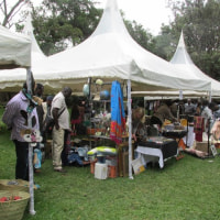 ナイロビ生活(30)フリマを探訪