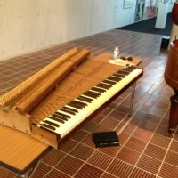 33.県芸のスクェアピアノ