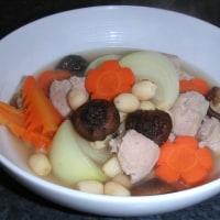 ベトナム風肉団子スープ