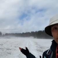残雪の尾瀬沼。