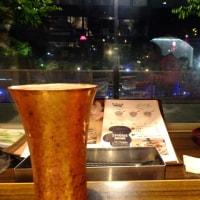ナイトマラソン後のビールはリバーサイドカフェで…。