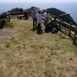 五島の大瀬崎展望台でハチクマの写真を狙う写真家の一団と会いました。