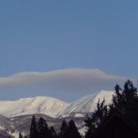 空にも山々、、