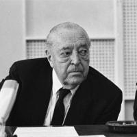 ドイツの建築家ルートヴィヒ・ミース・ヴァン・デル・ローエが誕生した。