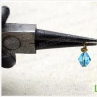 クリスタルビーズとブロンズチェーンでクラスターイヤリングを作る方法