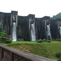城の様な…豊稔池ダム