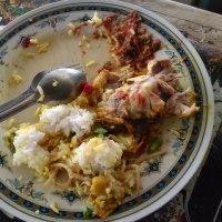 食べ物を平気で残すマレーシア人