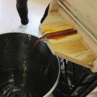 農家が仕込んだ手作り醤油の絞り体験会のご案内!12月10日(土)
