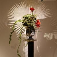 小原流展「白い秋」・・・・佐藤 一葉さんの作品