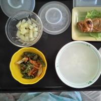 病院食は腹が減る