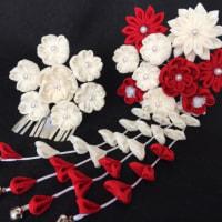 つまみ細工  紅白の花