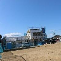 『ももの葉新館、順調に建設中』