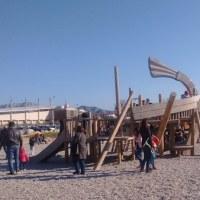 海と公園の日曜日