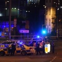 英マンチェスターのコンサート会場で爆発、多数の死者