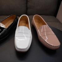 ポルトガル・スペインよりモカシンタイプ・ローヒールパンプ靴・・・入荷しました。