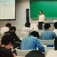 大学での講義<いつも若者は良いものです!