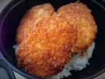チロルチョコ「復刻レーズンサンド」 新潟市役所の食堂めし
