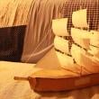 100%自家製、帆船の模型。