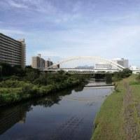 鴨居駅前鶴見川9