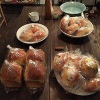 明日は今年最初の空のパン販売日