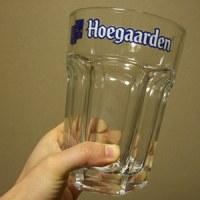 ヒューガルデンのビールグラス