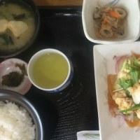 6月17日の日替り定食(550)は、鶏唐揚げのおろし橙ポン酢です。