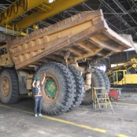 鉱業会社を見学して