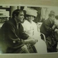 丹波哲郎さんとボンドの写真